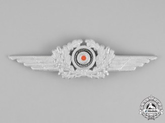Germany. A Luftwaffe NCO's Visor Cap Wreath and Cockade Insignia