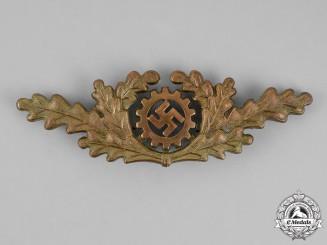 Germany. A DAF (Deutsche Arbeitsfront/German Labour Front) Werkscharführer Visor Insignia