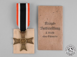 Germany. A War Merit Cross Second Class without Swords by Deschler & Sohn