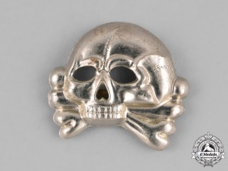 Germany, SS. A First Pattern (1925-1935) SS Skull Cap Insignia
