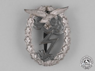 Germany, Luftwaffe. A Ground Assault Badge by M.u.K. 5