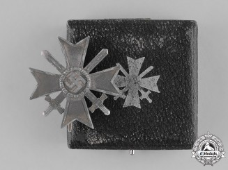 Germany. A Cased War Merit Cross First Class with Swords, by Wilhelm Deumer
