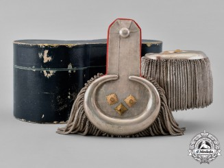Germany, Empire. A Set of Cased Lancer Generalleutnant (Lieutenant General) Epaulletes