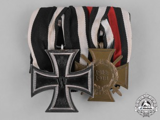 Germany, Empire. A Medal Bar with an II. Class Iron Cross 1914 and a Hindenburg Cross