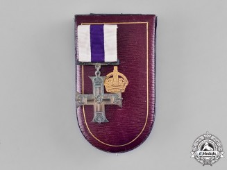 United Kingdom. A GV Military Cross with Original Case of Issue