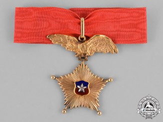 Chile, Republic. A Star of Military Merit for Long Service in Gold, Armed Forces Division, Commander c.1950