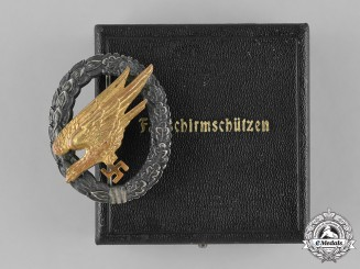 Germany, Luftwaffe. A Cased Fallschirmjäger Badge, Second Pattern, by Wilhelm Deumer