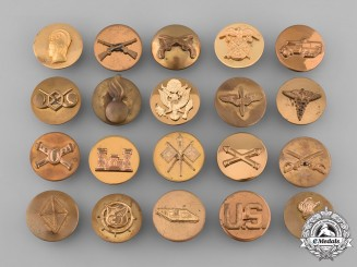 United States. Lot of Twenty United States Army Collar Disks