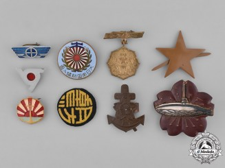 Japan, Empire. A Lot of Nine Second War Badges