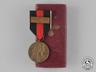 Germany, Third Reich. A Sudetenland Medal with Clasp and Case