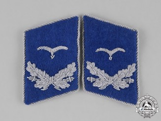 Germany, Luftwaffe. A Set of Lieutenant Rank Medical Corps Collar Tabs