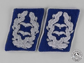 Germany, Luftwaffe. A Set of Lieutenant Colonel Rank Medical Corps Collar Tabs