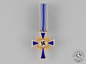 Germany. Third Reich. A Cased Cross of Honour of the German Mother, Gold Grade, by Walter & Hanlein