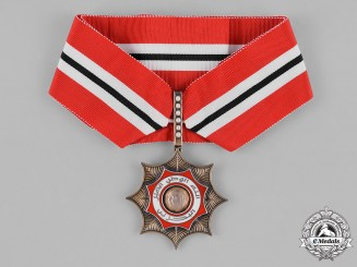 Bahrain, Kingdom. A Khalifiyyeh Order of Bahrain, II Class Badge, c.1980