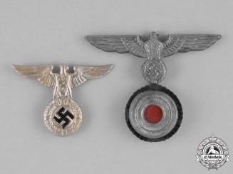 Germany, Kriegsmarine. A Pair of Kriegsmarine Cap Insignia