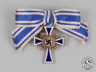 Germany, Third Reich. A Bronze Grade Cross of Honour of the German Mother Pin