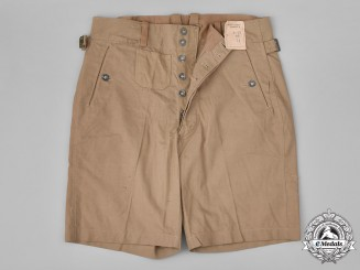 Germany, Kriegsmarine. A Pair of Unissued Kriegsmarine M40 Tropical Shorts by Müller and Koch