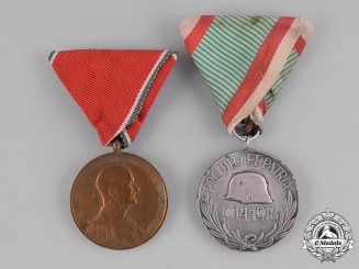 Hungary, Kingdom. A Pair of First and Second War Period Hungarian Medals