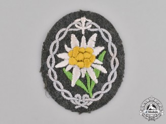 Germany, Wehrmacht. A Gebirgsjäger (Mountain Troops) Edelweiss Sleeve Insignia