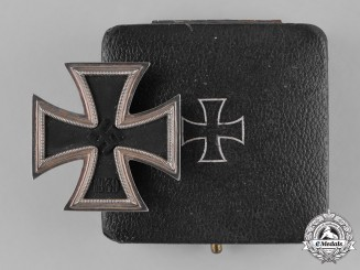 Germany, Wehrmacht. A 1939 Iron Cross First Class, with Case