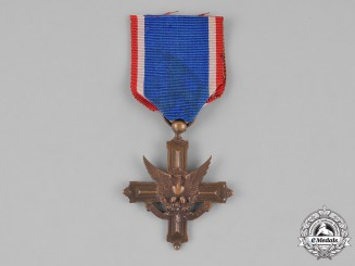 United States. A French-made Army Distinguished Service Cross, c.1918
