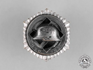 Germany, Third Reich. A German Front Soldiers Association Leader Badge