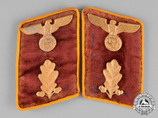 Germany, NSDAP. A Pair of Reichs-Level Abschnittsleiter Collar Tabs