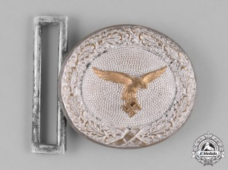 Germany, Luftwaffe. A Luftwaffe Officer's Belt Buckle