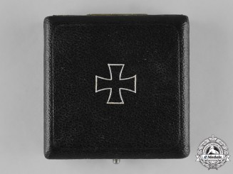 Germany, Wehrmacht. An Iron Cross 1939 I Class Presentation Case