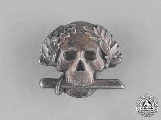 Italy, Kingdom. A Fascist Period Arditi-Style Skull Badge