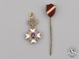 Latvia, Republic. A Miniature Order of the Three Stars and Latvia Shield Stickpin