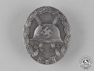 Germany, Wehrmacht. A Wound Badge, Silver Grade, by Klein & Quenzer A.G.