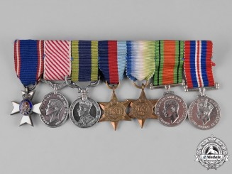 United Kingdom. A Royal Victorian Order and Air Force Medal Miniature Group