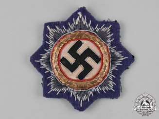 Germany, Luftwaffe. A German Cross in Gold, Cloth Version