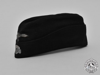 Germany, Waffen-SS. A Panzer EM/NCO's M40 Overseas Cap