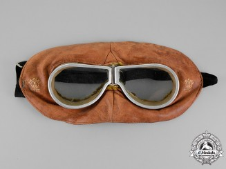United Kingdom. A Pair of British-Made Flying Goggles with Mask by Triple X