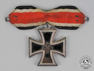 Germany. A Knight's Cross of the Iron Cross, by   Steinhauer & Lück, Type A, c.1944