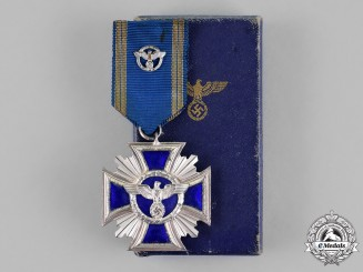Germany. A NSDAP 15-Year Long Service Award in its Presentation Case of Issue