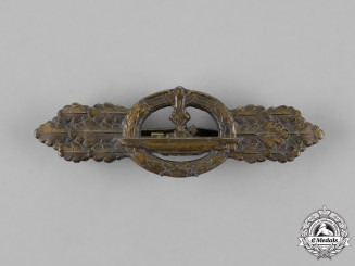 Germany. A Submarine Front Clasp, Bronze Grade, by Schwerin of Berlin