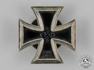Germany. An Iron Cross 1939 First Class, Screwback Version, by Rudolf Souval