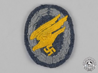 Germany, Luftwaffe. A Fallschirmjäger Badge, Cloth Version