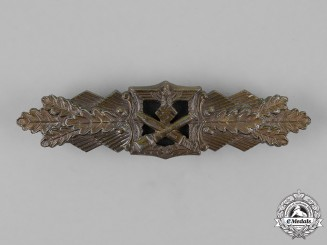 Germany. A Close Combat Clasp, Bronze Grade, by A.G.M.u.K of Gablonz