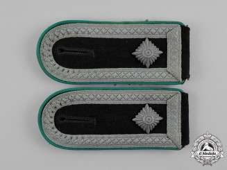 "Germany, SS. A Set of Mountain Troops Oberscharführer  ""senior squad leader""  Shoulder Straps"