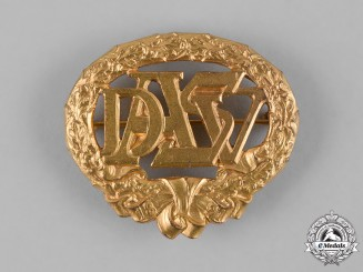 Germany, Republic. A Heavy Athletic Sports Association (DASV) Golden Sports Badge, by Eugen Schmidhäussler