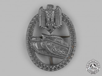 Germany, Wehrmacht. An Armoured Marksmanship Lanyard Shield, Grades 1-4