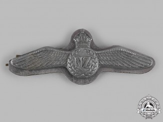 New Zealand. A Pacific Theatre Royal New Zealand Air Force (RNZAF) Pilot's Badge, c.1944