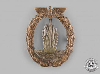 Germany, Kriegsmarine. A Minesweeper War Badge by C.E. Juncker