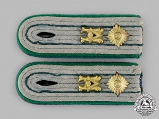 Germany, Heer. A Set of Heeresverwaltung Apothecary Shoulder Boards