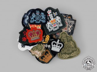 Canada. A Lot of Forty-One King's and Queen's Crown Warrant Officer I and II Class Insignia and Sleeve Crowns