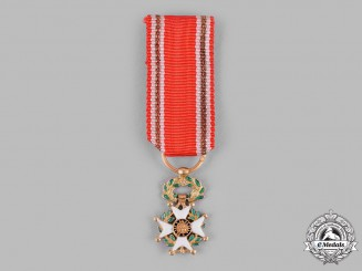 Spain, Kingdom. A Miniature Military Order of St. Ferdinand in Gold, II Class Cross c.1835